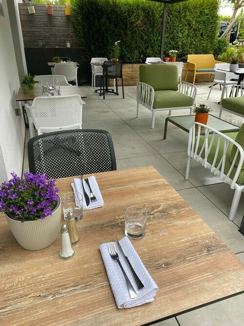 Nouvelle décoration pour le restaurant L''Eskemm à Trégueux (22) 0
