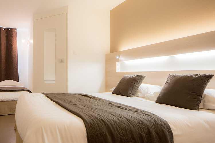 Chambre double avec lit supplémentaire 0